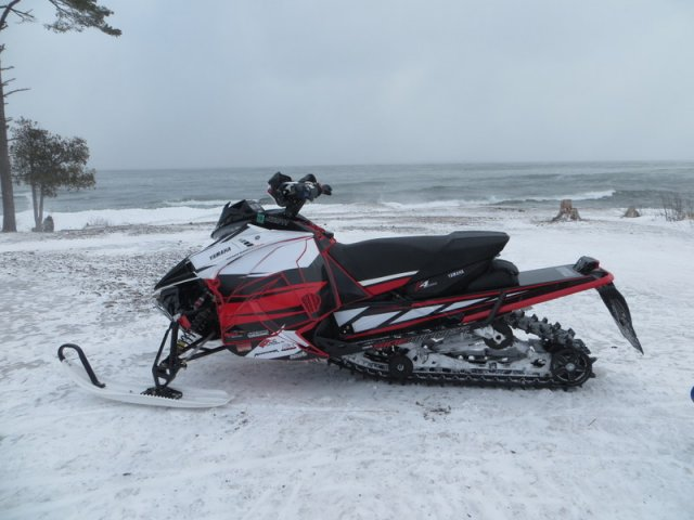17.03.10_Mar-UP-Snowmobiling_669_170.JPG